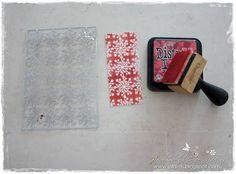 Cards en More by Jolara: Kerstklok (tutorial) / designpapier maken met mal en distress ink