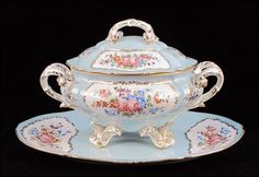 Painting Antique Tureen | FRENCH GILT AND PAINTED PORCELAIN TUREEN AND PLATTER