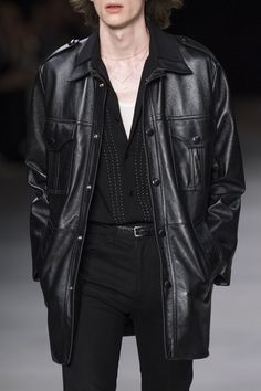 Celine Spring 2020 Men's Fashion Show Details. Designer menswear looks from Hedi Slimane from Spring 2020 Men's runway shows from Paris Men Fashion Show, Runway Fashion, Fashion Brands, Dark Mens Fashion, Men's Fashion, Mafia Outfit, Aesthetic Clothes, Streetwear Fashion, Cool Outfits