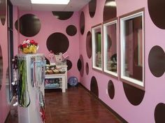 Polka dot and pink pet shop. What do you think? Should we have an accent wall?