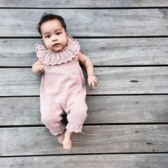 Daisydragt – Knitting for Olive Knitting Patterns Free, Baby Knitting, Free Pattern, Knitted Baby, Style Baby, Tulum, Knitwear, Kids Fashion, Rompers