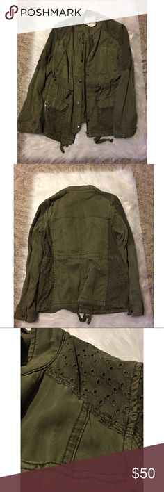 Anthropologie Army Green Jacket In perfect condition. Hei Hei army green jacket for Anthropologie. Multiple pockets, zipper and buttons. Perfect for layering. Size Medium. Stock photos just to show fit; color is more olive green than stock photos from Anthropologie. Anthropologie Jackets & Coats