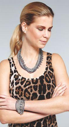 Lookbook Pippa&Jean. #collar #pendientes #pulsera #anillo #piedras #joya #bisuteria #regalo #modamujer #accesorios #mujer #shoponline #moda #oro #plata #fiesta #parties #style #lookbook #book #catalogo