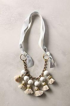 Tassle neckpiece