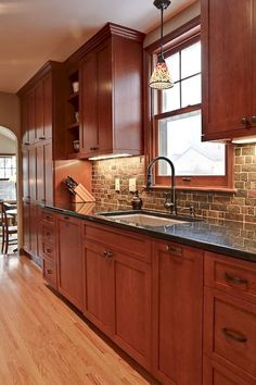Exceptional Ideas of The Cherry Kitchen Cabinets in Modern Kitchen ~ Gorgeous House Cherry Wood Cabinets, Brown Cabinets, New Kitchen Cabinets, Kitchen Cabinet Design, Kitchen Redo, Kitchen Interior, Kitchen Backsplash, Kitchen Ideas, Backsplash Ideas