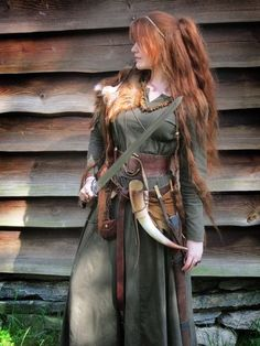 Larp elvenkingdom - Natur ~ Magi ~ Mystikk ~ Fantasi ~ Drømmer ~ Eventyr Bracelets- Tips on how to m Viking Dress, Viking Costume, Renaissance Costume, Medieval Costume, Renaissance Fair, Viking Cosplay, Celtic Dress, Costume Roi, Cosplay Costumes