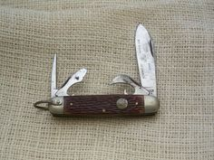 Ulster (USA) Boy Scout knife, not to be confused with what is currently being sold which is made in China.