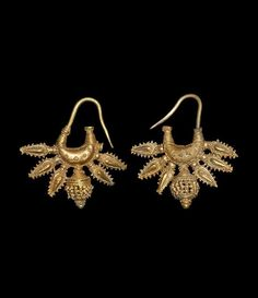 Phoenician Gold Leech-Shaped Earring with Appliqués, 8th-6th Century BC.