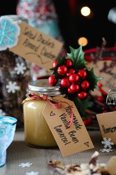 Tasty Homemade Jar Gift Ideas + Holiday Gift Guide