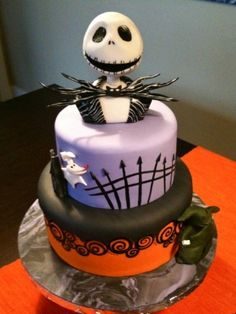 'Tim Burton Inspired - (The Nightmare Before Christmas) made by Bluebird Cakes' #TheNightmareBeforeChristmas #NBC #JackSkellington #Zero #NightmareBeforeChristmas_Cakes #Cakes