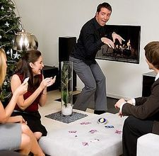 How to Plan Games for a New Year's Eve Party