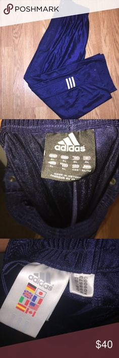 Vintage adidas pants Vintage adidas tear away pants from 2003. Has minor sea to the outside of the buttons due to age on them but doesn't alter the look or bring down the value. All snaps work. No snags or rips. These are in style right now! adidas Pants Sweatpants & Joggers