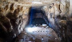 Recientementese descubrió un extenso sistema de almacenamiento deagua de 2.700 años de antigüedad por la Autoridad de Antigüedades de Israel, cerca de Rosh Haayin, en el centro de Israel, con la a…