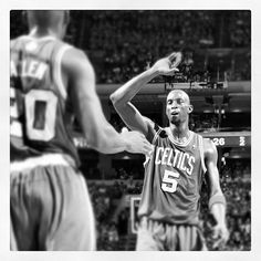 KG and the #Celtics with a monster game 3 win, 107-91 over the #Sixers to take a 2-1 series lead.
