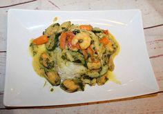 Curry-s tenger gyümölcsei-zöldséges rizs