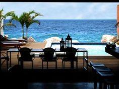 PM78 Urban Oasis Curacao,     WINNAAR ZOOVER AWARD 2012  Nieuw herenhuis direct aan zee en in het centrum van Willemstad in de wijk Pietermaai (Werelderfgoedlijst Unesco). Bestaande uit een ruim appartement van 160 m2 op de begane grond met privé zwembad en aan zee.