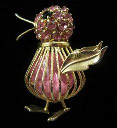 Vintage Signed Joseph Warner Pink Rhinestone Gorgeous Baby Chick Pin Brooch