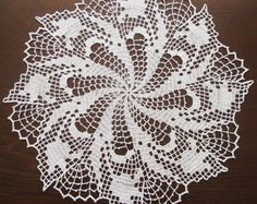 "Filet crochet doily Tulip's Dance 13,5"" (35 cm) -    Edit Listing  - Etsy"