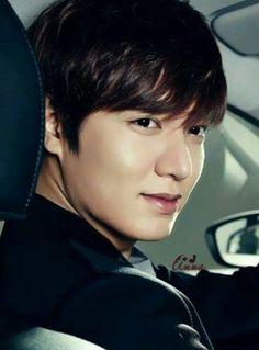 What kind of alien are you? No one is more handsome than you. Hot Korean Guys, Korean Men, So Ji Sub, Korean Celebrities, Korean Actors, Korean Dramas, Asian Actors, Celebs, Lee Min Ho
