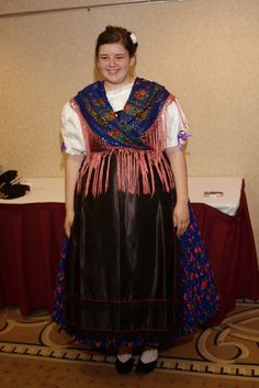 This Tracht is a replica of those worn in Brestowatz Batschka. The original Tracht mandated up to six or seven underskirts, which makes eight skirts all-together. Unique because the shawl and skirt are matching in color.