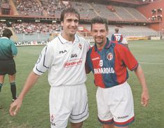 Gabriel Batistuta + Roberto Baggio.