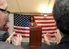 Embajadora Julissa Reynoso en la fiesta del 4 de Julio que ofreció en su residencia. Escucha su mensaje http://stream.state.gov/streamvol/libmedia/uruguay/231771/video/ReynososMessage4dejulio.mp3