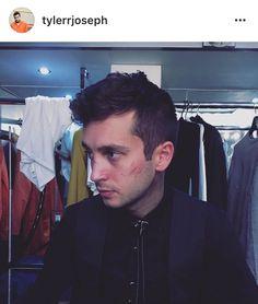 Tyler Joseph / twenty one pilots / josh dun / B Tattoo, Tyler Joseph Josh Dun, Tyler Joesph, Indie Pop, Gerard Way, Staying Alive, My Chemical Romance, Cool Bands, The Twenties