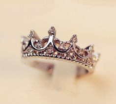 Crystal Crown Ring - Size 8