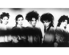 The Cure - Boris Williams, Porl Thompson, Robert Smith, Simon Gallup and Lol Tolhurst - 1986 <3