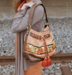 Sandro, Ladies Bags, Handmade Bags, Bucket Bag, Artisan, Leather, Fashion, Picasa, Handmade Handbags