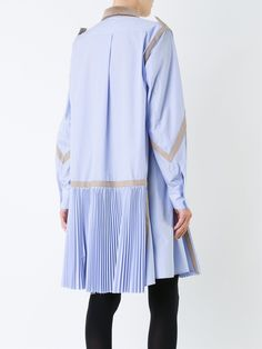 You'll find a great selection of women's designer day dresses at Farfetch. Search from over 2000 designers for your perfect designer day dress Pleated Shirt, Shirt Dress, Day Dresses, Blue Dresses, Fashion Outfits, Womens Fashion, Fashion Trends, Designing Women, Blazer Jacket