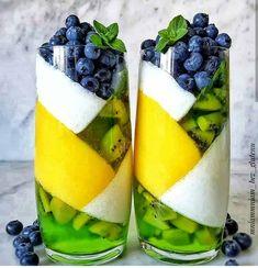 """The Gooseberry Jelly , Blanched Kiwi & Mango Foam Verrine Cute Desserts, Dessert Recipes, Fruit Dessert, Yummy Drinks, Yummy Food, Aesthetic Food, Blue Aesthetic, Cute Food, Creative Food"