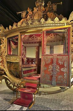 Reopening of the Coach Gallery – Palace of Versailles Louis Xiv, Chateau Versailles, Palace Of Versailles, Charles X, French History, Horse Carriage, Horse Drawn, Paris Travel, Marie Antoinette