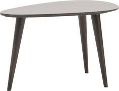 bijzettafel Cielo met de moderne accenten is een topper in design. Ook zijn kwaliteit is onovertroffen. Cielo is geheel vervaardigd uit massief eikenhout en afgewerkt in dark grey silver voor een mooie, stijlvolle vormgeving. De afwerking in soft touch lak beschermt de tafel tegen het indringen van vlekken.