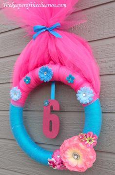 Trolls Party Wreath