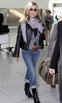 b647451dbc01 Jennifer Aniston at Heathrow Airport March 12