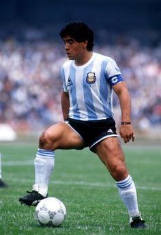 Diego Armando Maradona - Partidos. 69 Goles: 39. Ganó (casi él solo) el Mundial México 86.