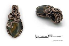 Fabulous Tiger Eye bead encased in bare copper wire