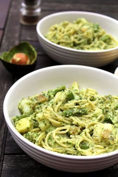 avocado pesto spaghetti genovese | ciao veggie