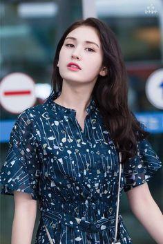 at Incheon Airport South Korean Girls, Korean Girl Groups, Pop Photos, Jeon Somi, Celebs, Celebrities, Korean Singer, Kpop Girls, Actresses