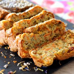Cake Carotte - Pavot et Graines de Tournesol : la recette facile