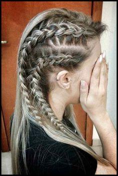 Wikinger Lagertha Hair Tutorial Wikinger Lagertha Hair Tutorial - - Vikings Lagertha Hair Tutorial W Vikings Hair, Braided Hairstyles, Cool Hairstyles, Viking Hairstyles, Layered Hairstyles, Hairstyles Haircuts, Braided Updo, 1940s Hairstyles, Hairstyles Videos