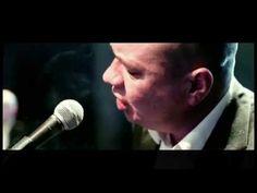 ▶ Marek Dyjak - Człowiek (Złota ryba) - OFICJALNY KLIP - marekdyjak.com - YouTube