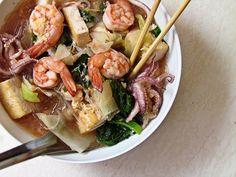 Seafood and Vegetable Soup ( Thai Sukiyaki)