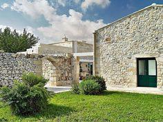 A1746-ben épített épület rusztikus kőfalai közé álmodottPaolo Fracasso építész egy luxus szállodai környezetet.Így született meg a Relais...