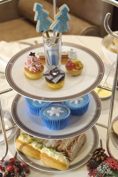 This afternoon tea looks very festive and tasty! Indulge in afternoon tea in London oldest grand hotel, the Langham Hotel this season. http://ow.ly/Ut3sO