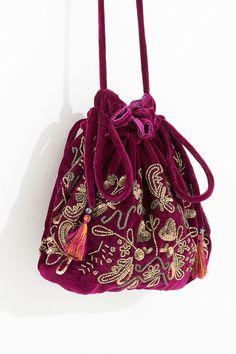 6b93409fb 153 melhores imagens de Bolsas casuais em 2019 | Fashion backpack ...