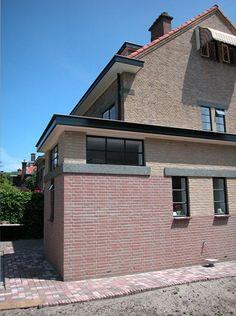 Regtop Ligtvoet Architecten (Project) - Uitbreiding woning jaren 30 - architectenweb.nl | zwart wit tegeltjes waren hier best mooi geweest