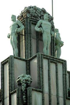 Palais Stoclet - Bruxelles What's Art ? Architecture Art Nouveau, Amazing Architecture, Architecture Details, Arte Art Deco, Art Deco Stil, Art Deco Buildings, Art Moderne, Sculpture, Gustav Klimt