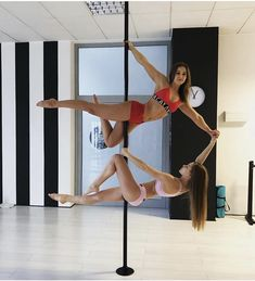 Pole Dance Source by Pole Dance Moves, Pole Dance Studio, Pool Dance, Dance Poses, Swing Dancing, Girl Dancing, Pole Dancing Clothes, Pole Dance Fitness, Pole Tricks